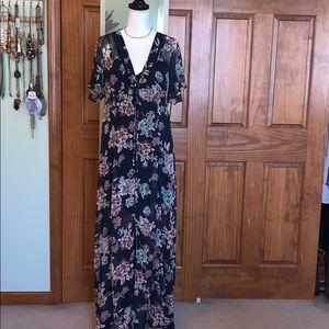 Sz L Dark Blue floral kimono dress
